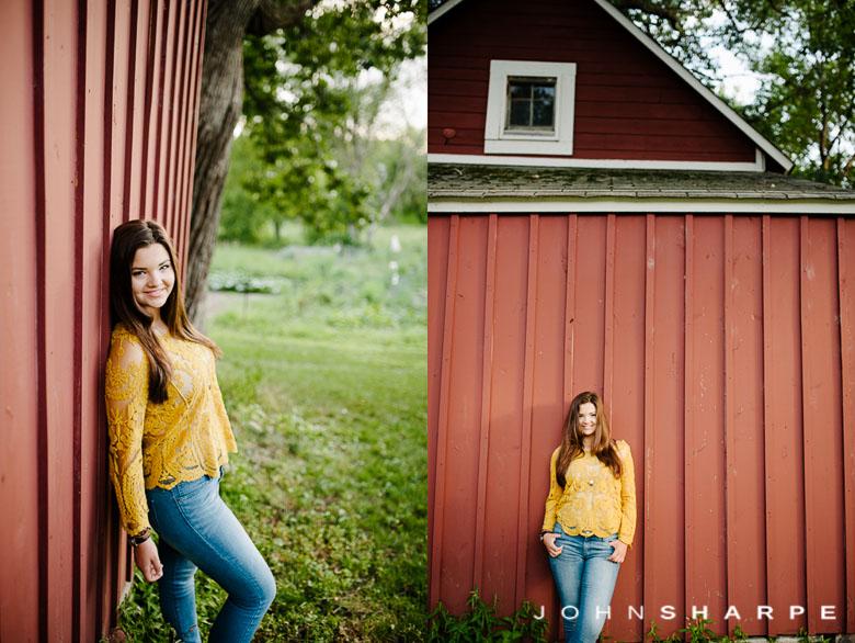 Holz-Farm-Senior-Photos--6