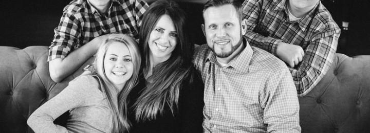 Eagan Family Photographer – Wagley Family