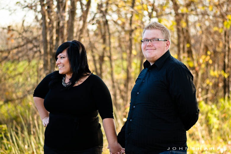 Fall-Autumn-Engagement-Session-7