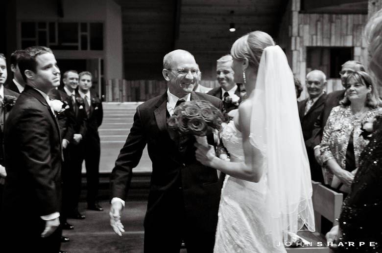 pax-christi-eden-prairie-wedding-12