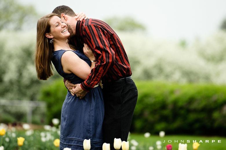 Rose-Garden-Engagement-Photos (11)