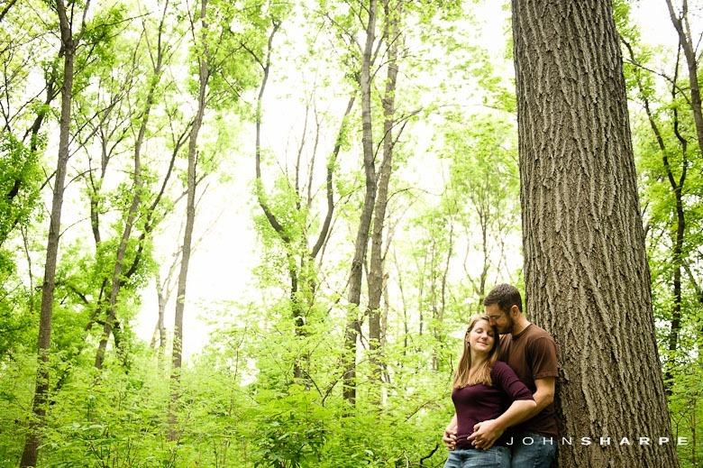 Rose-Garden-Engagement-Photos (15)