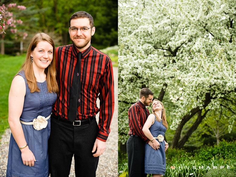 Rose-Garden-Engagement-Photos (1)