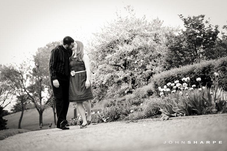 Rose-Garden-Engagement-Photos (3)