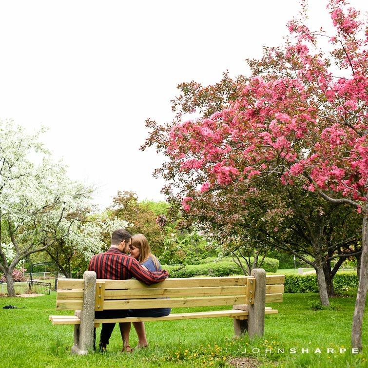 Rose-Garden-Engagement-Photos (7)
