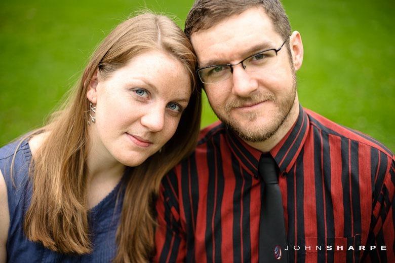 Rose-Garden-Engagement-Photos (8)