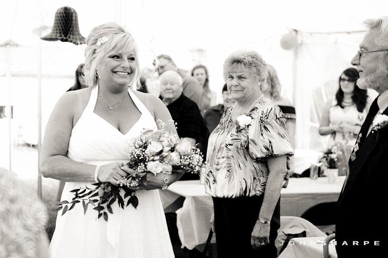 backyard-wedding-minnesota-11_thumb1