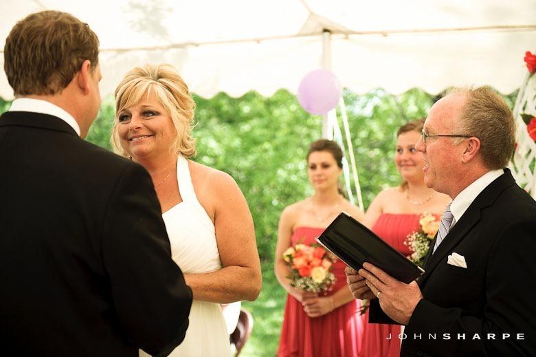 backyard-wedding-minnesota-14_thumb