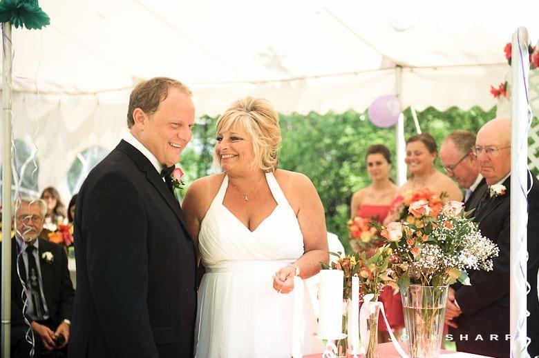 backyard-wedding-minnesota-17_thumb