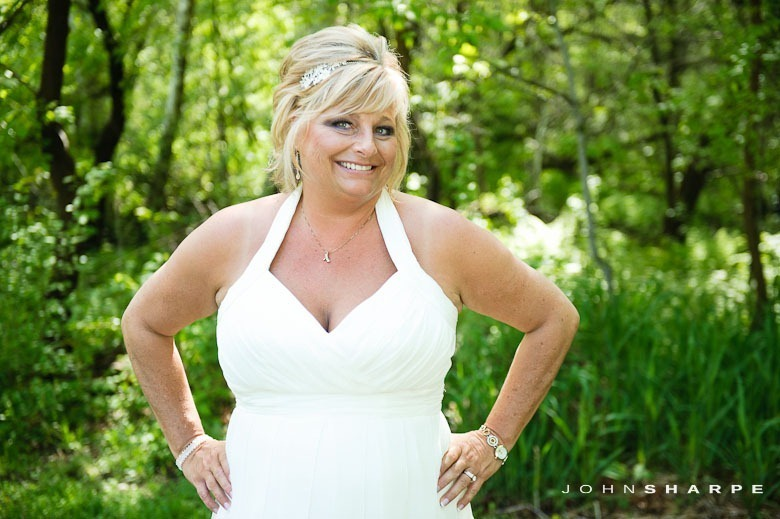 backyard-wedding-minnesota-19_thumb