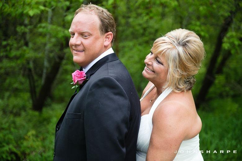 backyard-wedding-minnesota-22_thumb