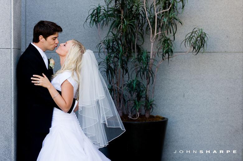 Oakland-LDS-Temple-Wedding-30
