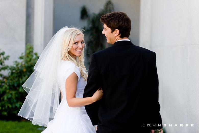 Oakland-LDS-Temple-Wedding-33