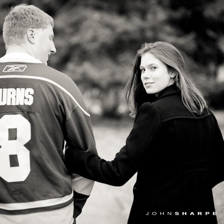 Quarry-Hill-Park-Engagement-Photos-16