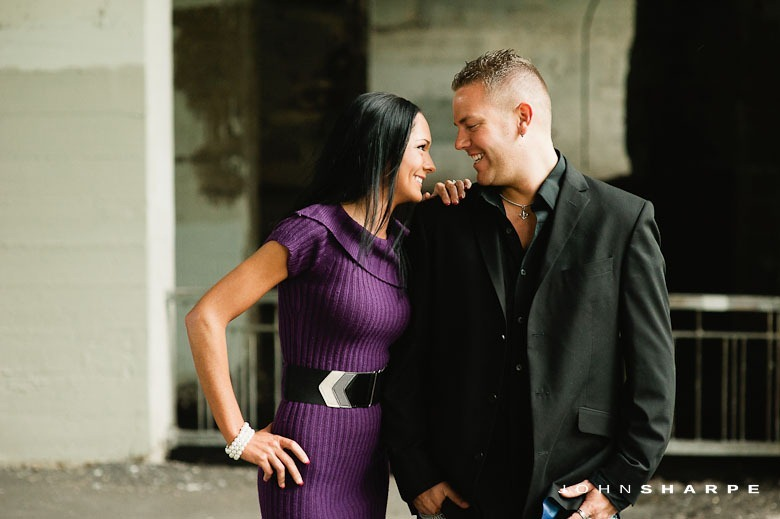 Stone-Arch-Bridge-Engagement-Photos-11