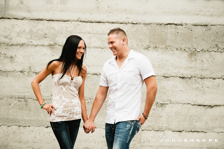 Stone-Arch-Bridge-Engagement-Photos-5