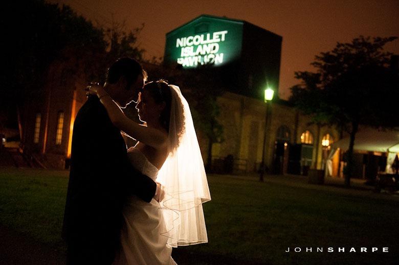 Nicollet Island Pavilion Wedding (33)