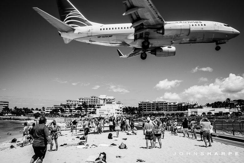 Maho-Beach-St-Maarten-Airplane--2