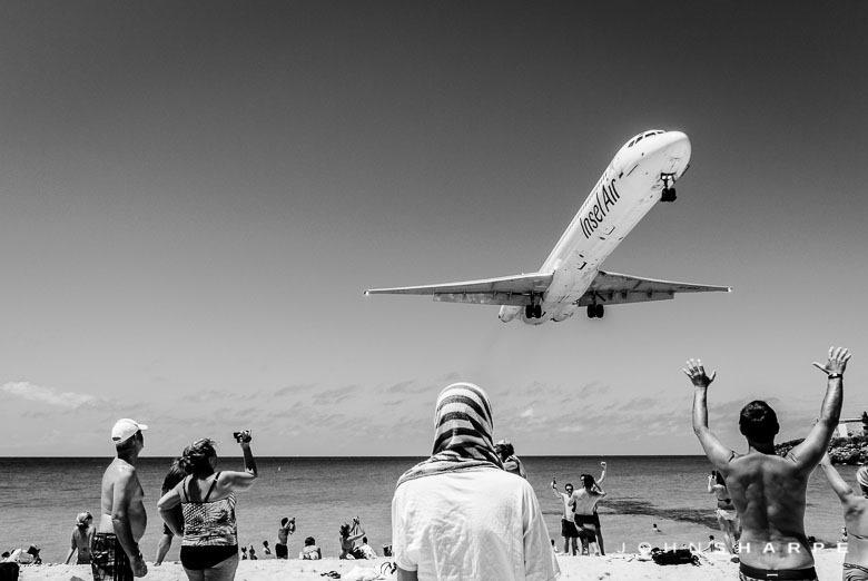 Maho-Beach-St-Maarten-Airplane--3