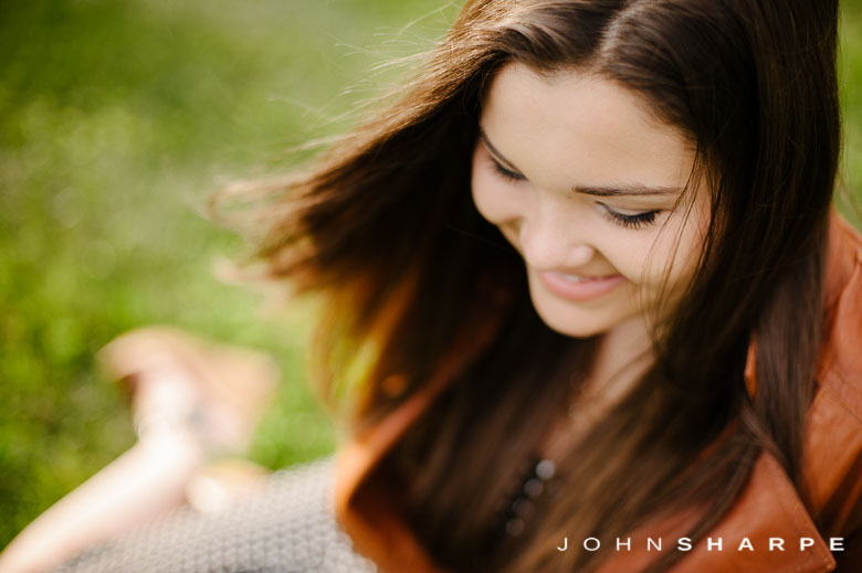 Holz-Farm-Senior-Photos-41