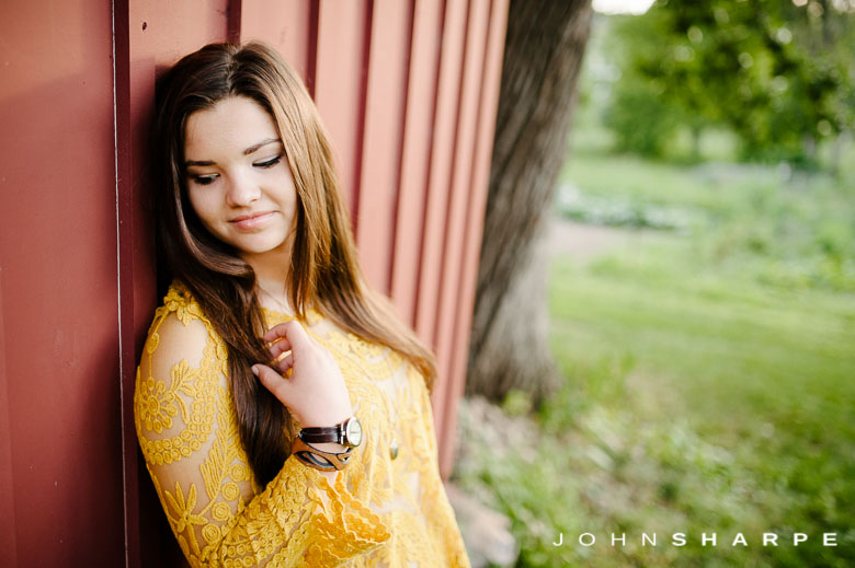 Holz-Farm-Senior-Photos-55